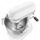 S profesionalitou a �t�lom ako k���ov�mi pojmami u� viac ako 90 rokov zost�va KitchenAid bez konkurencie �o sa t�ka kvality, v�konu a dizajnu. Robot Profi je ur�en� pre profesion�lne gastronomick� prev�dzky. Je vybaven� extr�mne tich�m motorom s desiatimi  rychlos�ami. Priamy pohon je kon�truovan� ozuben�mi kolieskami namiesto be�n�ho reme�a, a tak zabezpe�uje vy��iu ��innos�. Roboty KitchenAid pracuj� na ni���ch v�konoch pri r�znych z�a�ov�ch podmienkach ako be�n� roboty. D�sledkom je potom dlh�ia �ivotnos� motora. Celokovov� kon�trukcia a protisklzov� gumov� podlo�ka zabezpe�uje stabilitu robota. Roboty KitchenAid vyu��vaj� planet�rny syst�m mixovania. �innos� robota je rota�n� a naviac sa rota�ne pohybuje ako ��ahacia metla, aj hnetac� h�k alebo ploch� drvi�, a to od stredu a� po okraj celej misy. �irok� �k�la volite�n�ho pr�slu�enstva umo��uje s robotom str�ha�, kr�ja�, lisova�, mlie� a pod. Kuchynsk� robot s misou s objemo 6,9 l pre pr�pravu mal�ho aj ve�k�ho mno�stva potrav�n. KitchenAid vn�ma svoje roboty ako kreat�cne pred�enie ruky kuch�ra a v�aka tomu, �e poskytuj� optim�lnu kontrolu na profesion�lnej �rovni, s� v�sledky rovnak� ako by boli vytvoren� ru�ne. Kuchynsk� robot so zdv�hacou miskou v ikonickom dizajne. Hladk� a zaoblen� dizajn hlavy.