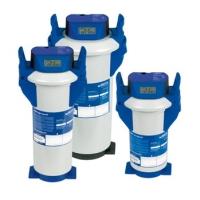 Použitie pre kávovary, nápojové automaty, konvektomaty a pece. Filtračné patróny BRITA PURITY Quell ST boli vyvinuté špeciálne pre dve použitia v cateringu, pre prípravu kávy a predajné automaty, kde znižujú uhličitanovú tvrdosť pitnej vody a predchádzajú tak usadzovaniu vodného kameňa v častiach zariadenia za filtrom. Filter PURITY absorbuje ionty ťažkých kovov, napríklad olova a medi. Okrem toho znižuje zákal vody, obsah organických nečistôt a chlóru, ktoré negatívne ovplivňujú kvalitu a chuť filtrátu vrátane odtokovej vody. Filtračné patróny PURITY sa aplikujú do kávovarov, kávovarov na espresso, automatov na výdej studenej a teplej vody. PURITY Quell ST ponúkajú vynikajúcu kvalitu produktov a dlhú prevádzku prístroja.