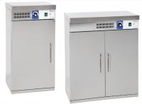 Model: OT - 60 250204, OT - 120 250211. Dvojplášťový, robustný, nerezový ohrievač tanierov. Zabudovaný ventilátor, ktorý dosuší a rovnomerne ohreje taniere. Termostat do 85°C so svetelnou kontrolkou.